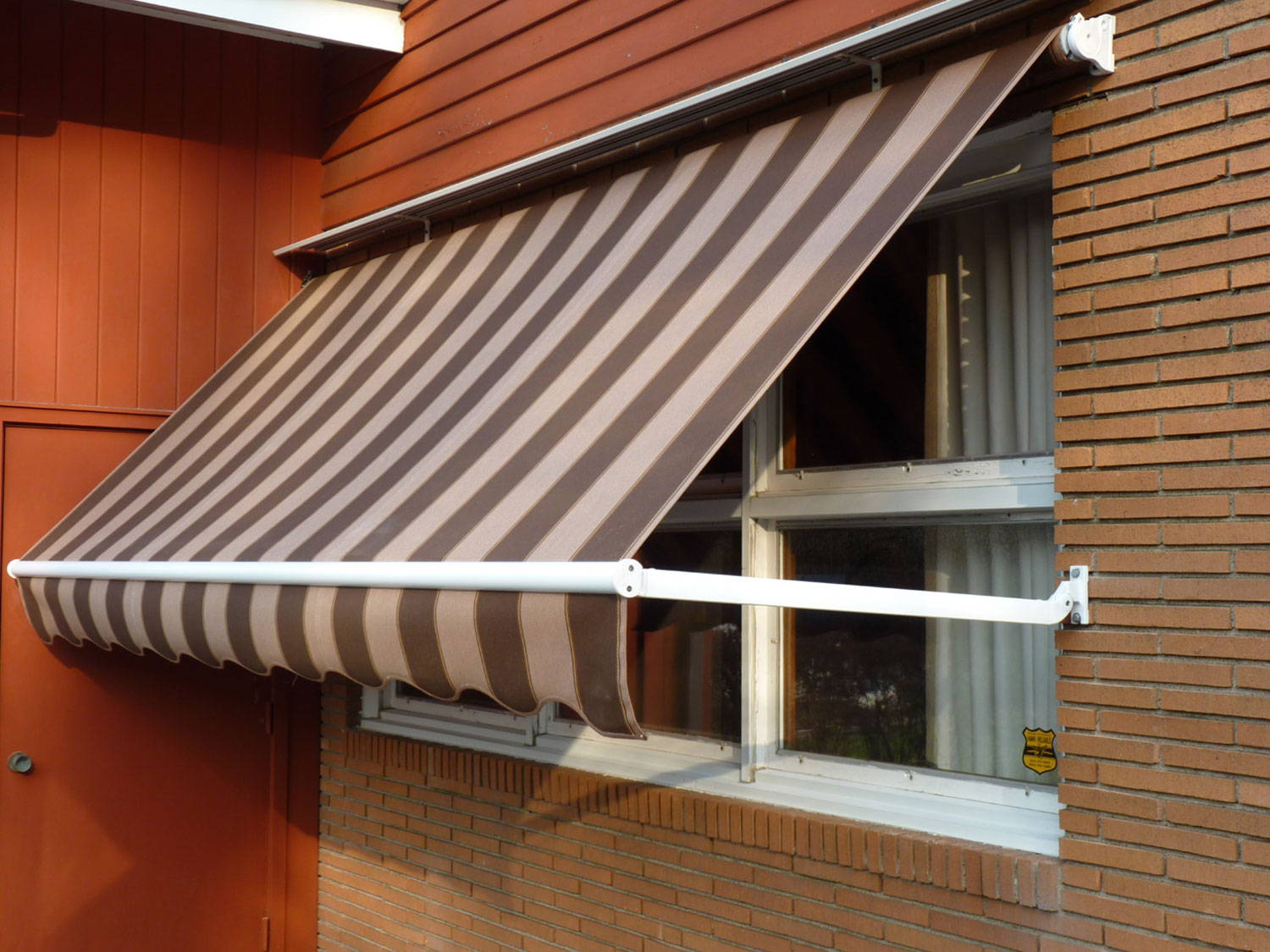 Windows Awning Systems | Alutex Shading Systems ...